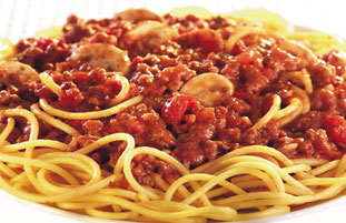 easy spaghetti bolognese the resourceful cook easy spaghetti bolognese ...
